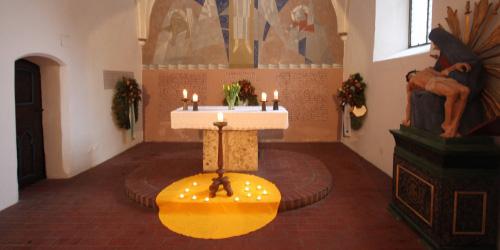 PP Alte Pfarrkirche, Altarraum