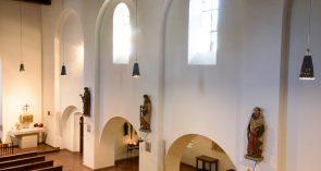 St. Peter und Paul Kirchenschiff Südseite