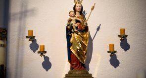 St. Peter und Paul Spätgotische Marienfigur