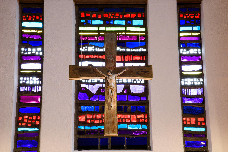 Maria Königin Altarwand