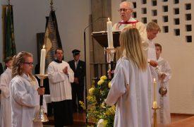 Verabschiedung P.Lötscher Diakon Häckler Evangelium